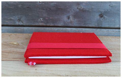 Liniertes Notizbuch mit Einband aus 3 mm starkem roten Wollfilz